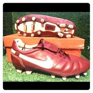 Nike Ronaldinho Soccer Cleats